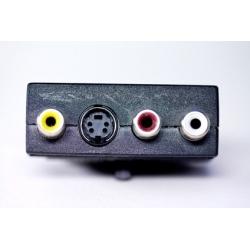 ADATTATORE SCART 21 POLI MASCHIO / 3 X CINCH RCA FEMMINA + 4 POLI SVHS FEMMINA CON SELETTORE